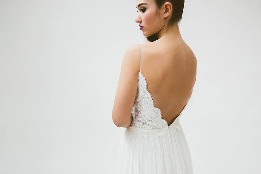 Brautkleider mit tiefem Rückenausschnitt | Friedatheres.com