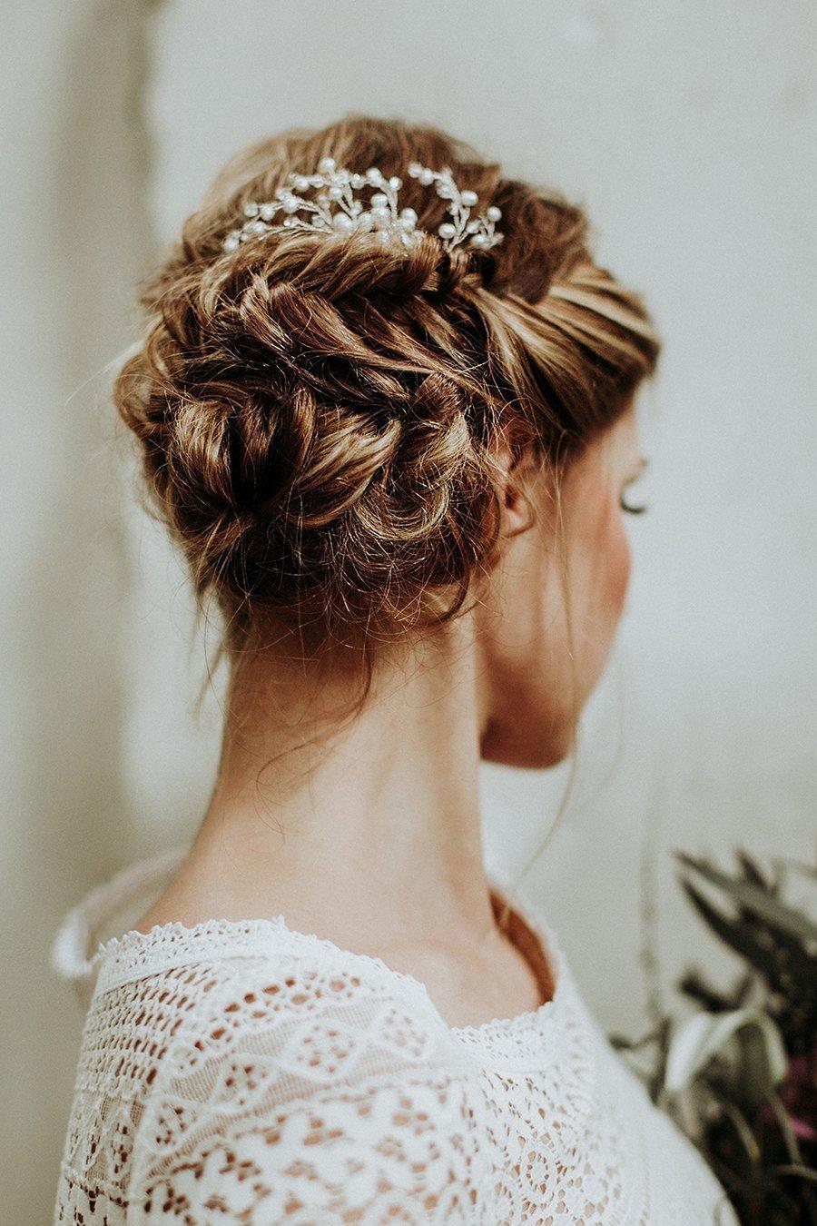 Brautfrisuren  Brautfrisuren für lange Haare | Friedatheres.com