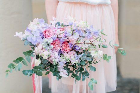 Der Brautstrauss Ein Blumiger Begleiter Fur Die Braut Braut Org