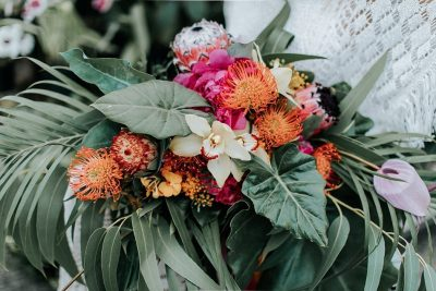 Tropisches Bridal-Editorial