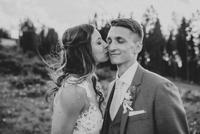 Wunderschöne Alm-Hochzeit