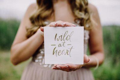 Natürliches Bridal Editorial mit Glam