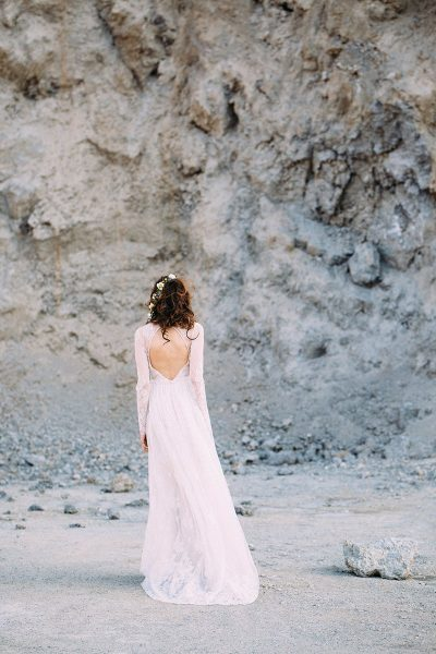 Bridal Editorial im Steinbruch