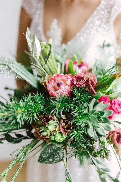 Hochzeitsinspiration in Emerald & Silber