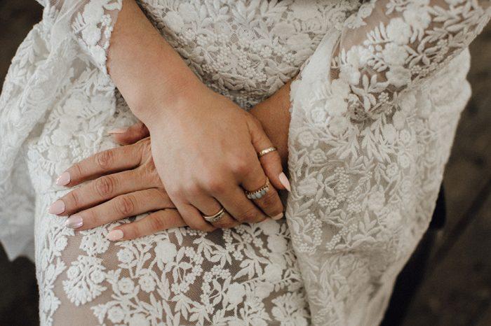 Heiße Braut Liebkost Mit Füßen