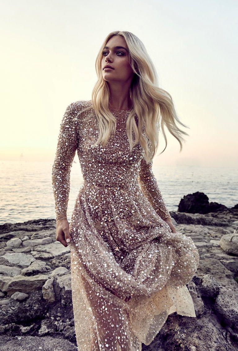 gold steht dabei nicht nur sehr eleganten brautkleidern gut sondern auch orientalisch angehauchten modellen wie diesem aufwandigen kleid von rue de seine