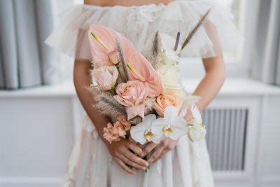 Elegant & leicht: eine moderne Hochzeitsinspiration