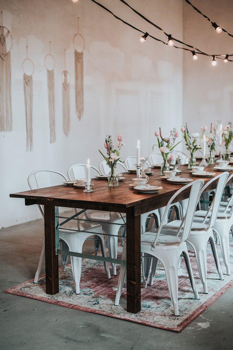 Stühle mieten für Hochzeit bei IN SAUS & BRAUS Berlin