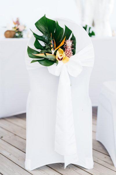 Hawaii inspirierte Hochzeit am Strand