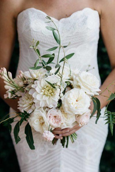 Weiße Brautsträuße