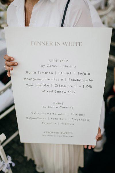 WHITE SHADES: Dîner en blanc