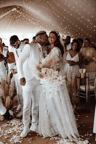 White & Gold Glam: Traumhochzeit auf Ibiza